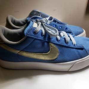 Nike Sweet Classic Canvas Shoes